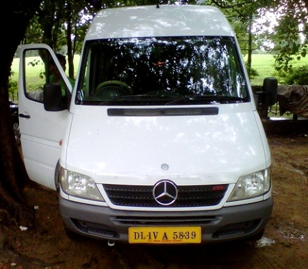 8 Seater Mercedes Van Booking Delhi India Luxury Mercedes
