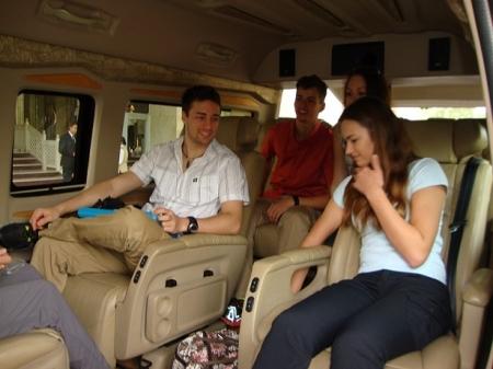 8 Seater Toyota Hiace Booking Delhi India Luxury Toyota